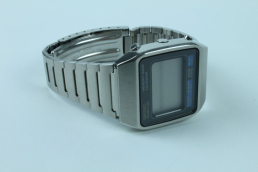 SEIKO QUARTZ LC VINTAGE NOT USED COLLECTOR ITEM