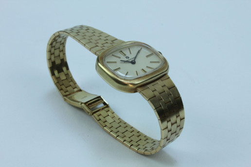 JUNGHANS 585 GOLD LADYWATCH VINTAGE UNUSED EXCLUSIVE